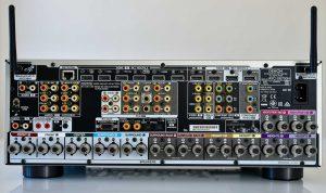 Entrées et sorties Denon X6700