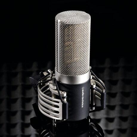 Image principale du microphone Audio Technica AT5040.