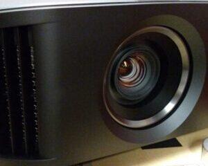 JVC-DLA-NX7-projecteur-image-principale-300x300
