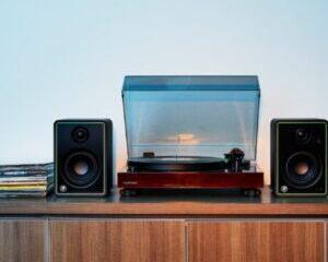 Mackie-CR8-XBT-Studio-Monitor-Main-Image-300x300