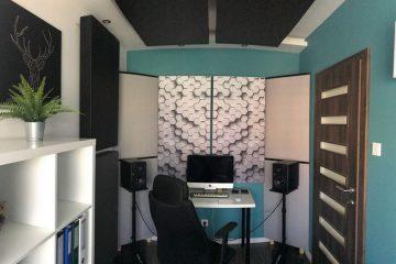 Panneau absorbant acoustique parfait dans un petit studio de maison (3)