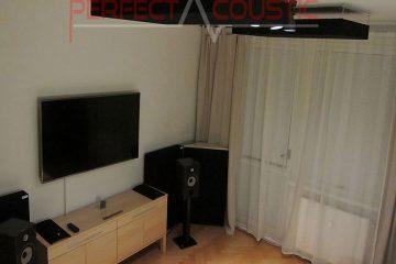 absorbeur de basses placé dans la salle de cinéma (2)