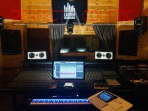 acoustique de studio avec éléments insonorisants (2)