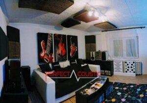 conception acoustique de cinéma maison avec absorbeur de basses
