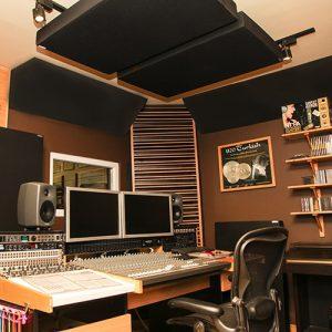 panneaux-acoustiques-dans-un-studio
